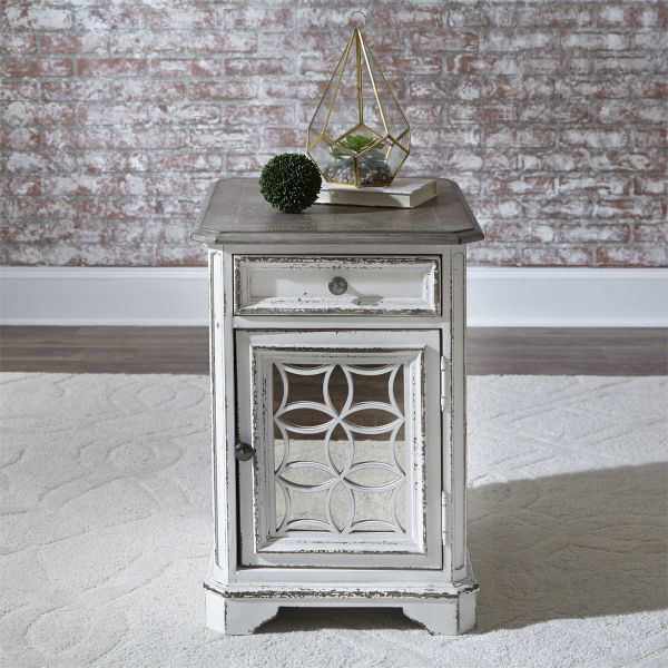 Picture of Magnolia manor 244-Ot1021 End Table