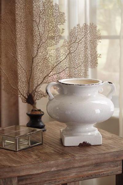 Picture of Urn/Dierdra/Antique White