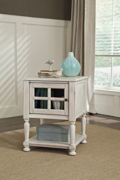 Picture of Accent Table/Mirimyn/White